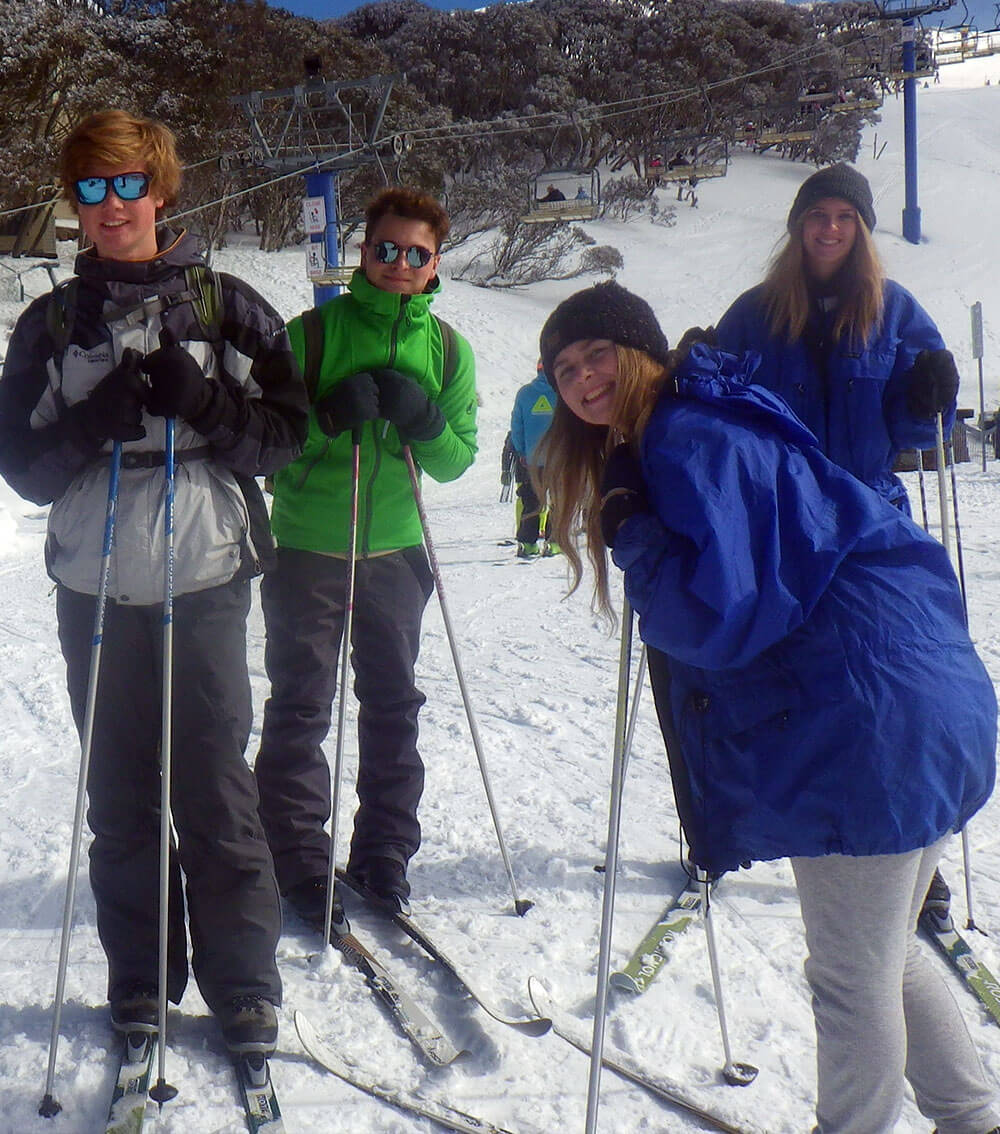 skiing-group.jpg
